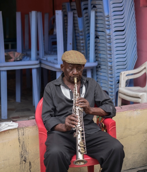 Mayplau, 77 years old saxophonist of the Bakolo Music International ©Eloisa d'Orsi